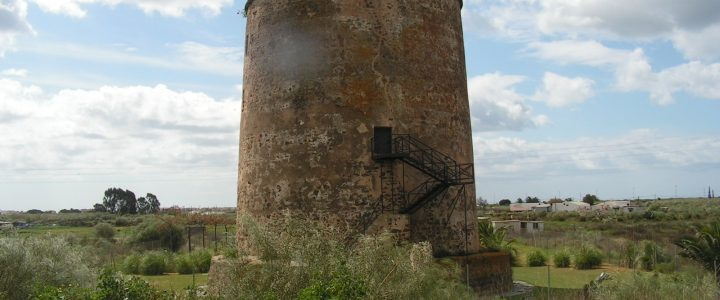 What to see in Isla Canela – Historic sites – Torre Canela